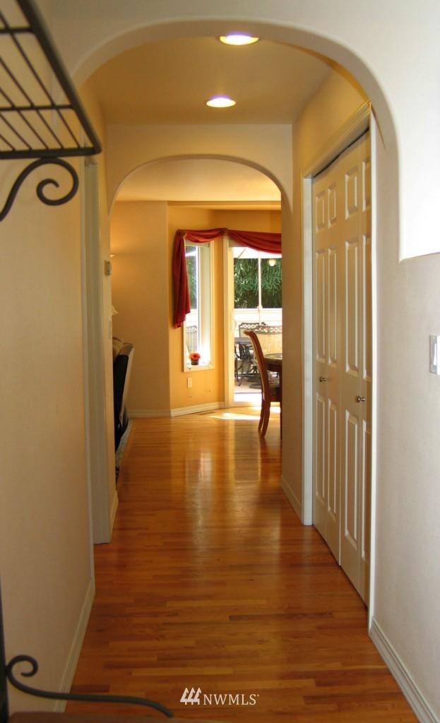 Sold Property | 431 SW 352nd Street Federal Way, WA 98023 2