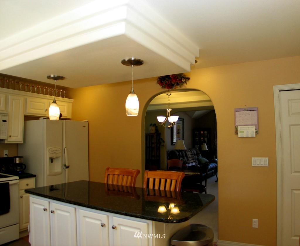 Sold Property | 431 SW 352nd Street Federal Way, WA 98023 5