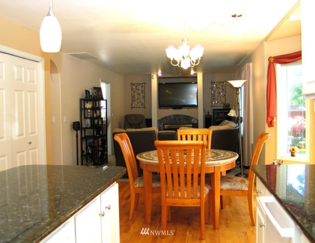 Sold Property | 431 SW 352nd Street Federal Way, WA 98023 10