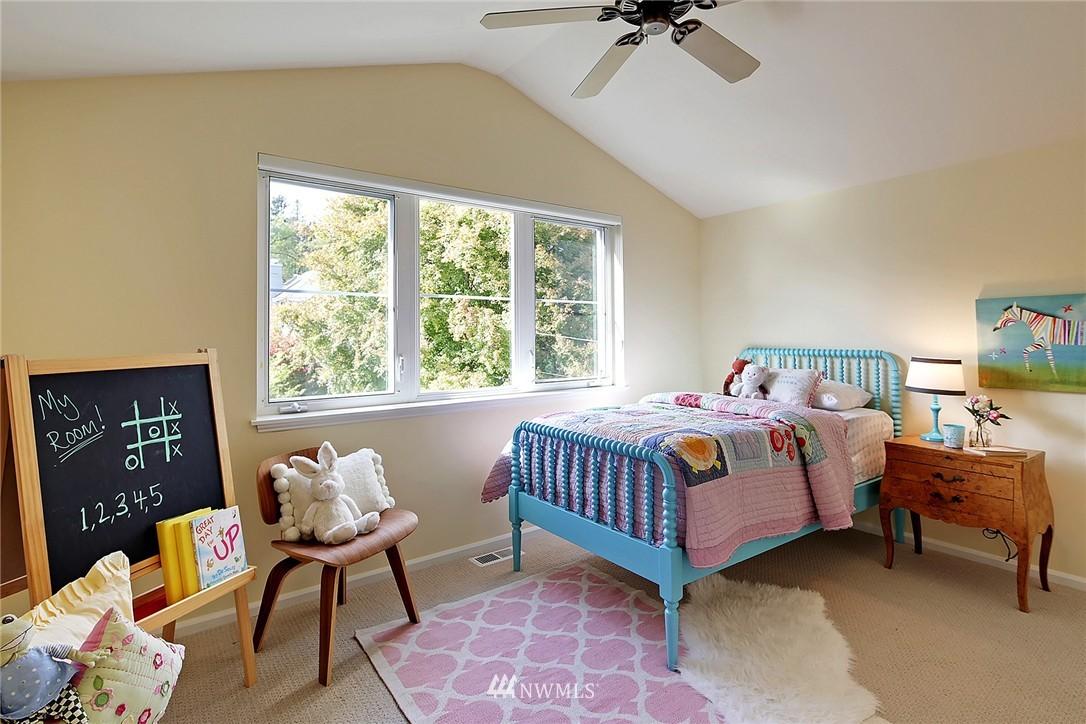 Sold Property | 6232 53rd Avenue NE Seattle, WA 98115 9
