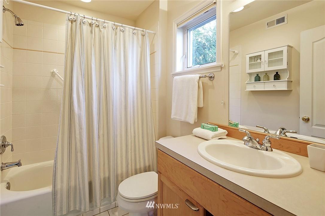 Sold Property | 6232 53rd Avenue NE Seattle, WA 98115 11