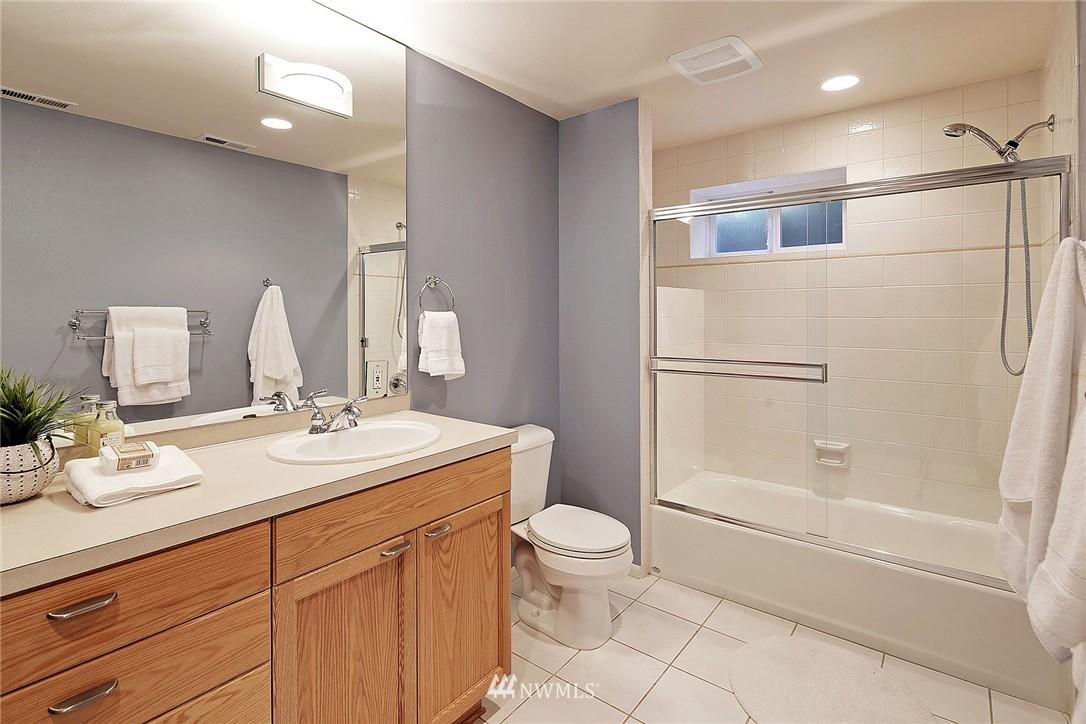 Sold Property | 6232 53rd Avenue NE Seattle, WA 98115 18