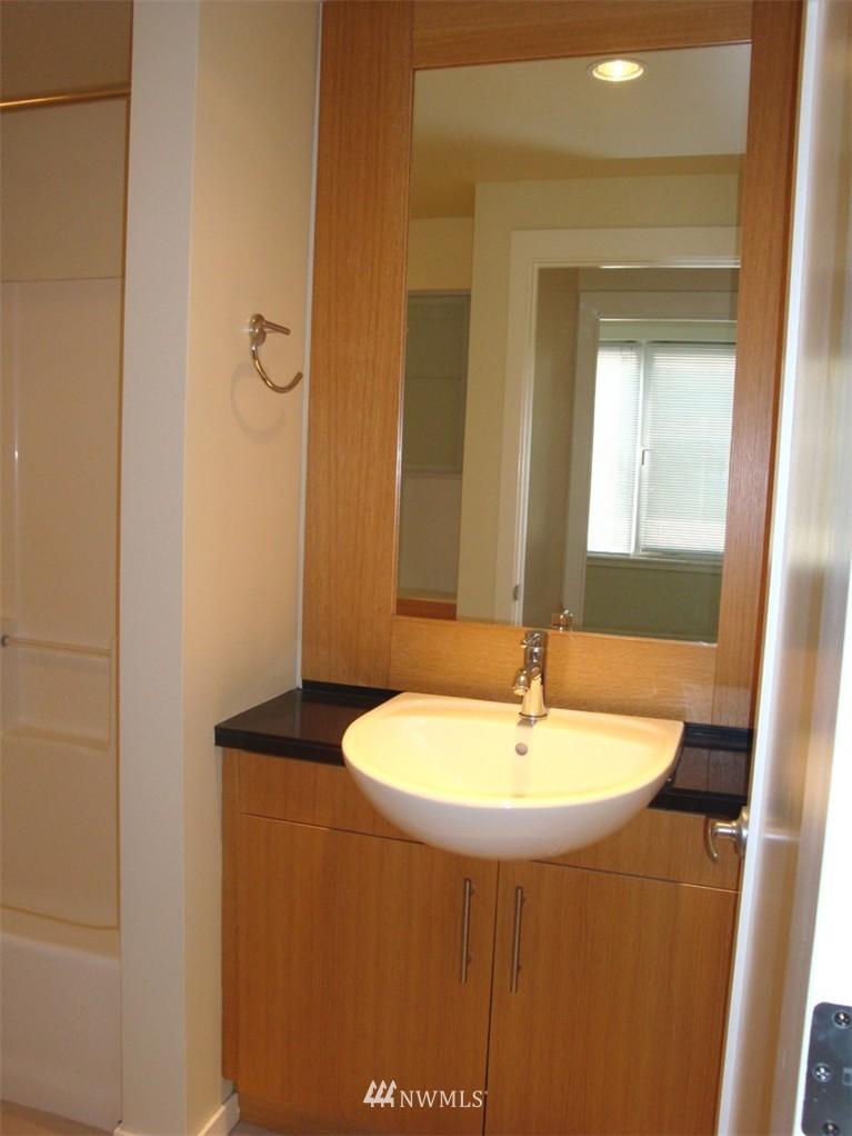Sold Property   2721 1st Ave #509 Seattle, WA 98121 4