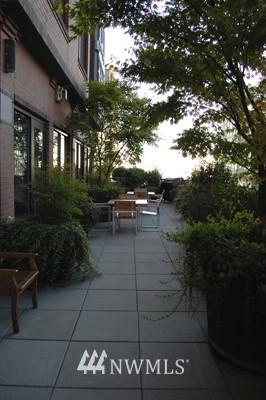 Sold Property   2721 1st Ave #509 Seattle, WA 98121 7