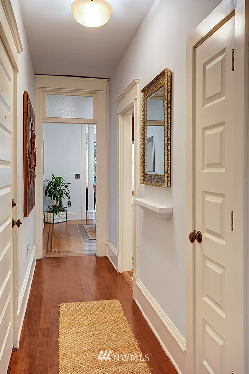 Sold Property | 521 16th Avenue E #3 Seattle, WA 98112 1