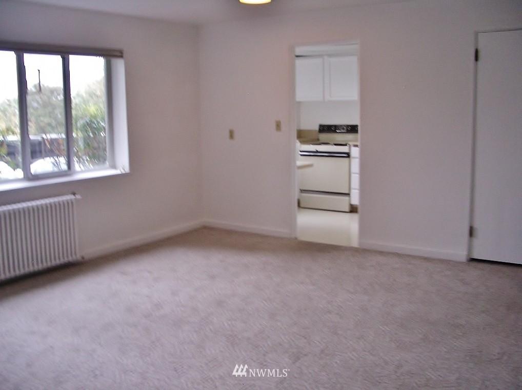 Sold Property | 1800 Taylor Avenue N #1 Seattle, WA 98109 6