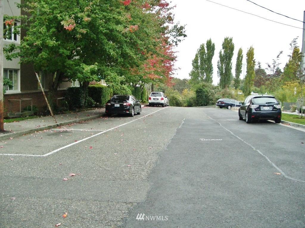 Sold Property | 1800 Taylor Avenue N #1 Seattle, WA 98109 13