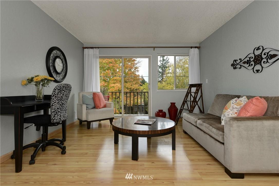 Sold Property | 12035 32nd Avenue NE #305 Seattle, WA 98125 1
