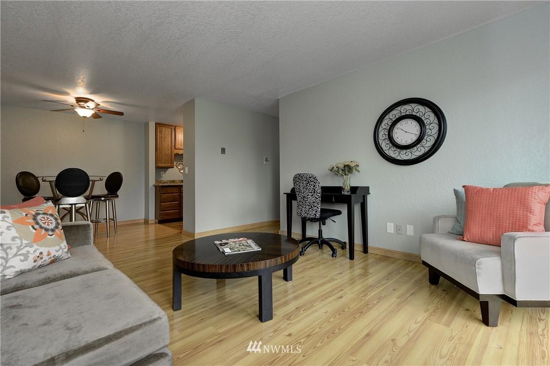 Sold Property | 12035 32nd Avenue NE #305 Seattle, WA 98125 2