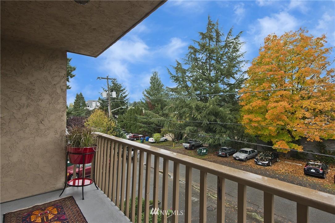 Sold Property | 12035 32nd Avenue NE #305 Seattle, WA 98125 0