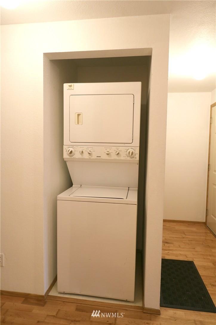 Sold Property | 17419 119th Lane SE #E24 Renton, WA 98058 5