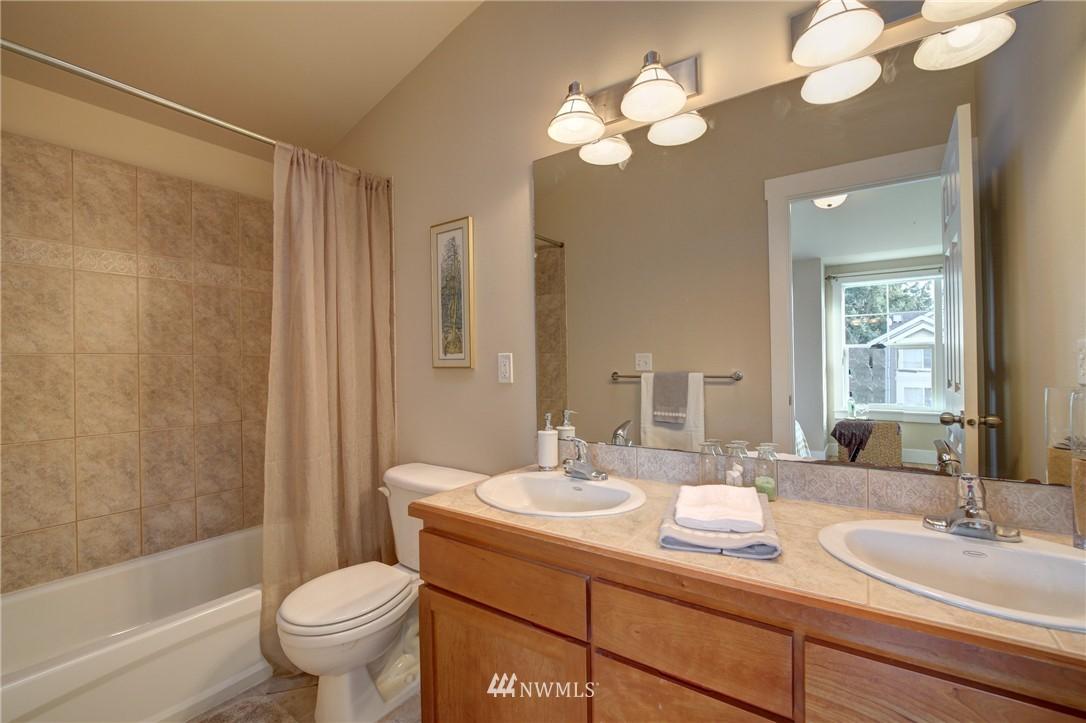 Sold Property | 8532 Stone Avenue N #B Seattle, WA 98103 13