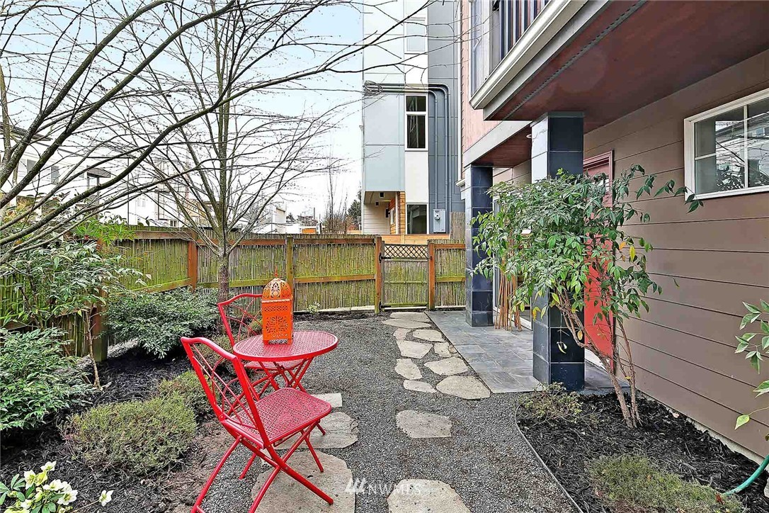 Sold Property | 2251 NW 64th Street Seattle, WA 98107 14