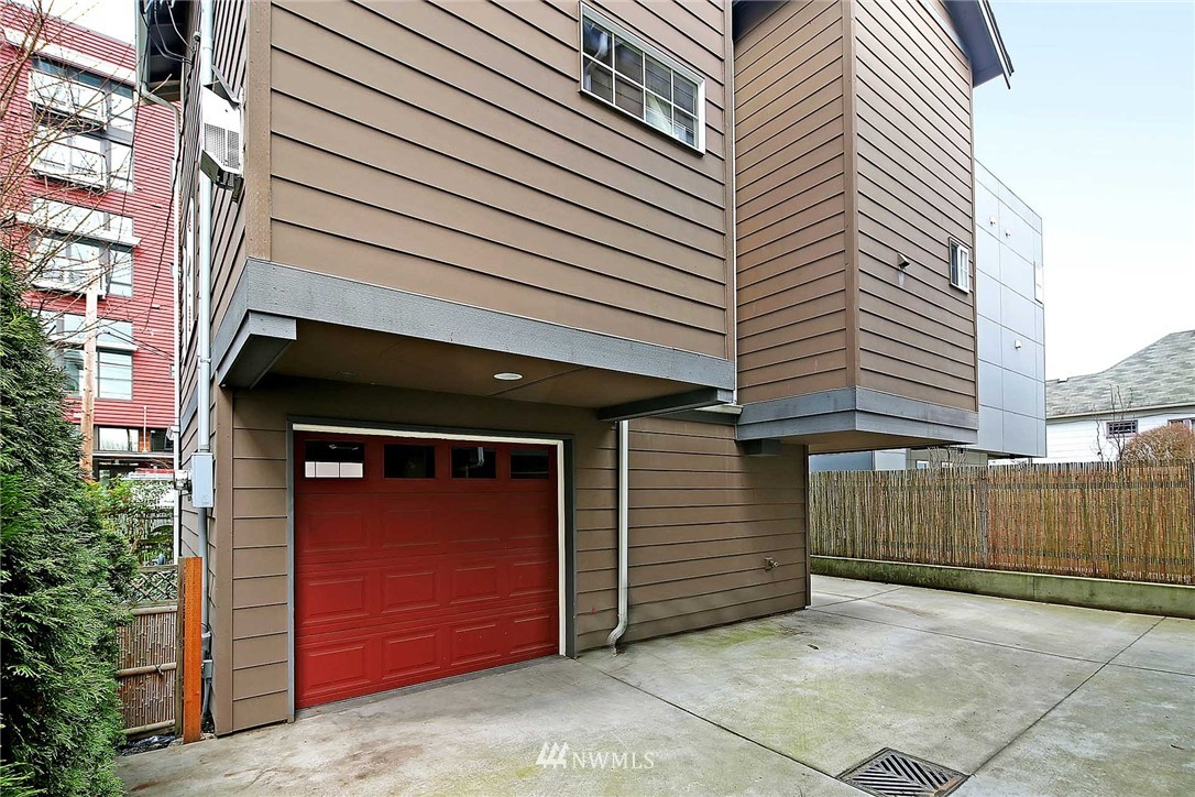Sold Property | 2251 NW 64th Street Seattle, WA 98107 15