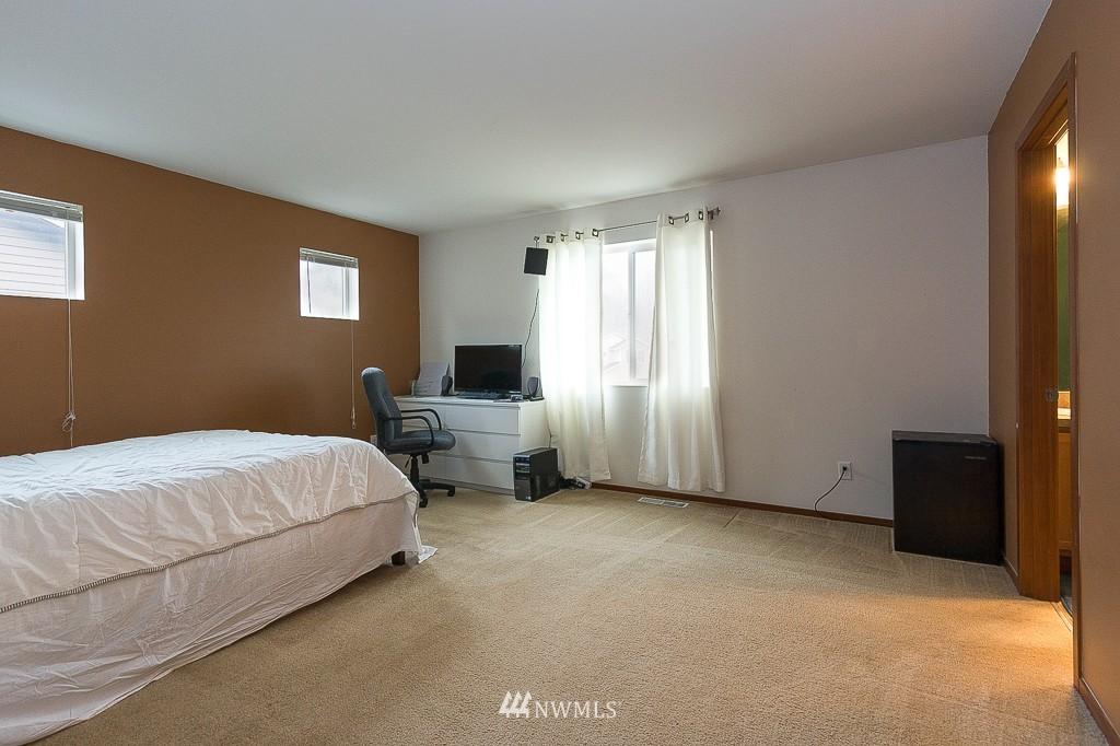 Sold Property   1516 50th Street NE Auburn, WA 98002 8