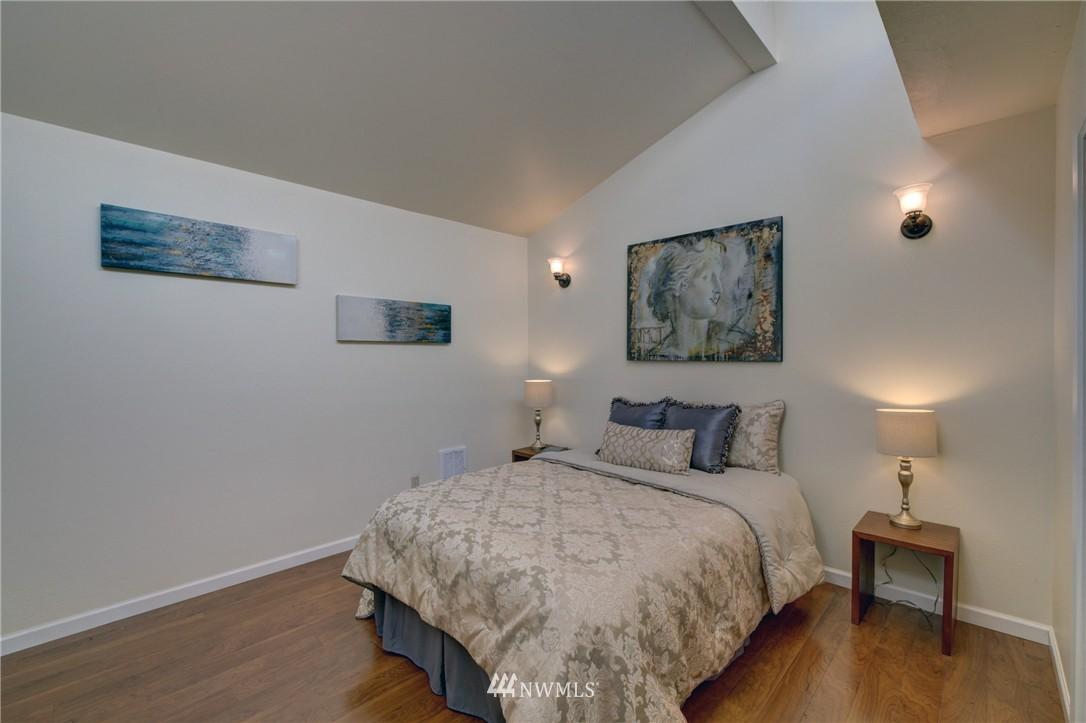 Sold Property   1900 Northgate Way #1936 Seattle, WA 98133 19