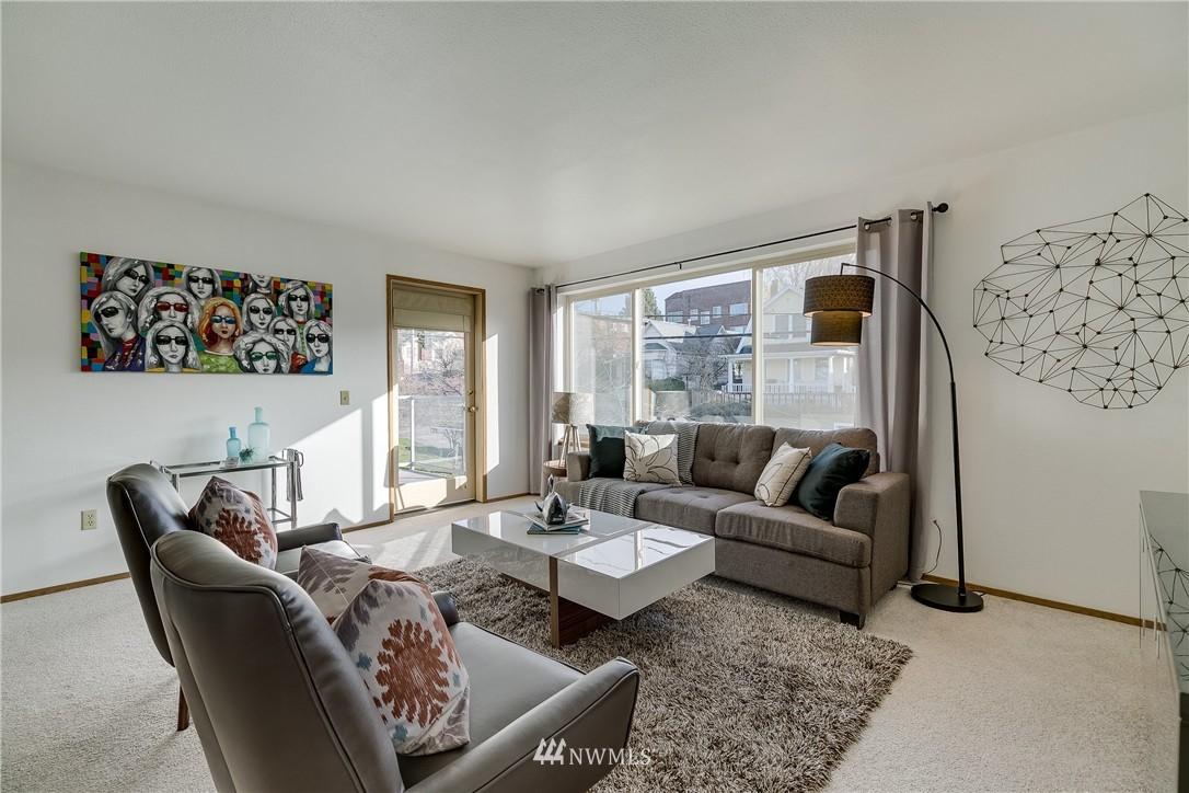 Sold Property   4421 Greenwood Avenue N #301 Seattle, WA 98103 2