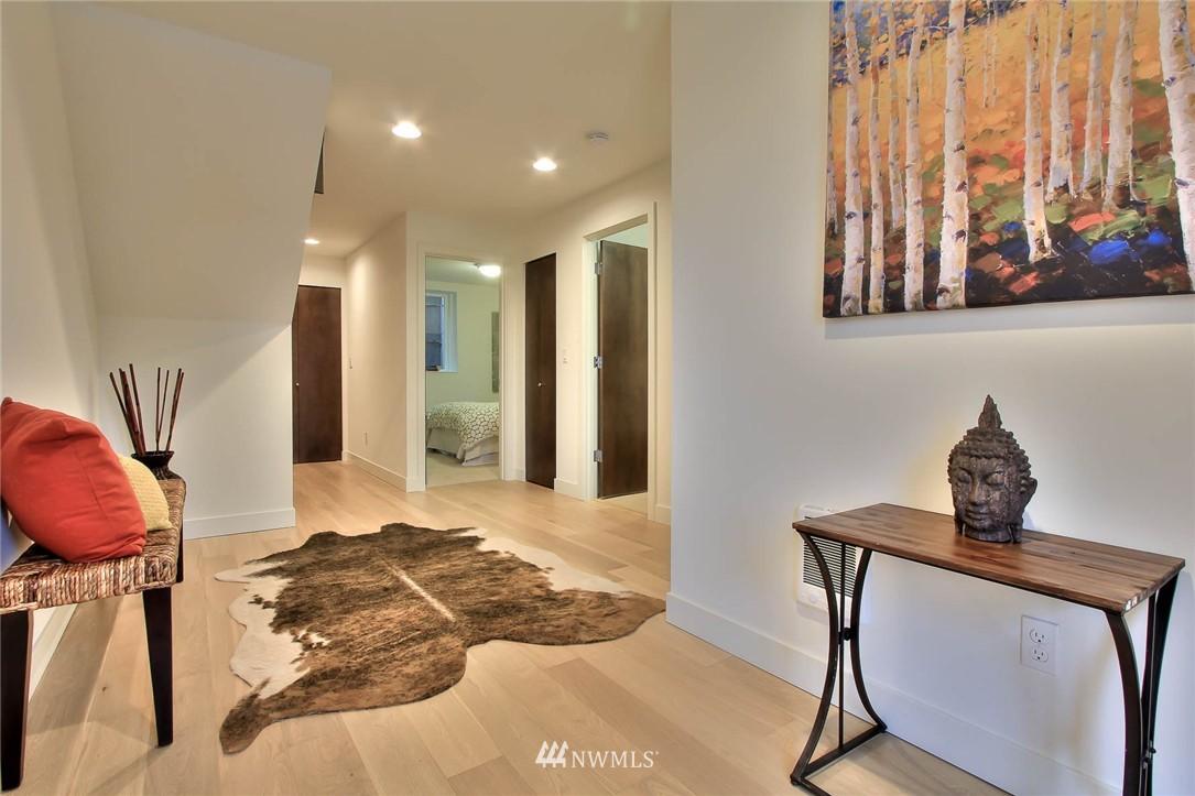 Sold Property | 708 11th Avenue E Seattle, WA 98102 1