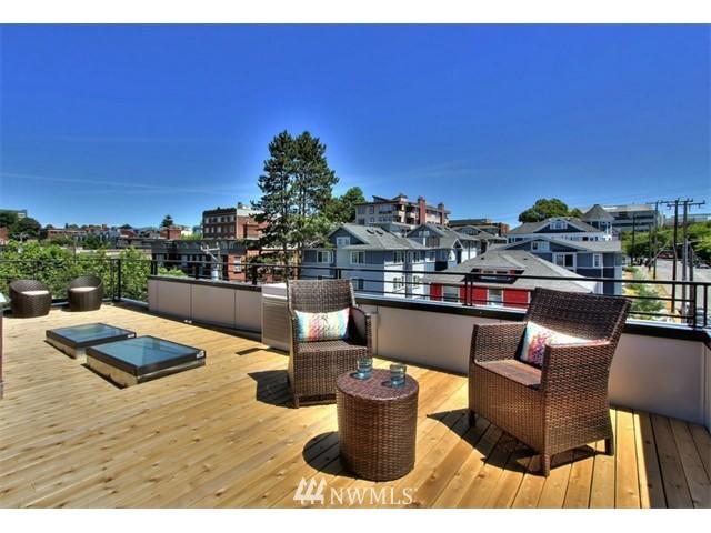 Sold Property | 708 11th Avenue E Seattle, WA 98102 22