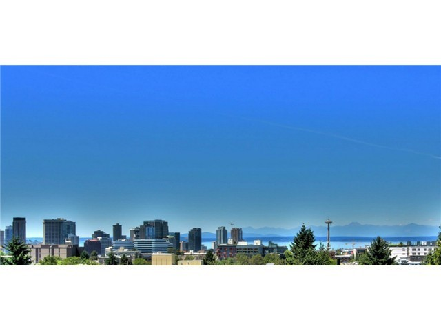 Sold Property | 708 11th Avenue E Seattle, WA 98102 20