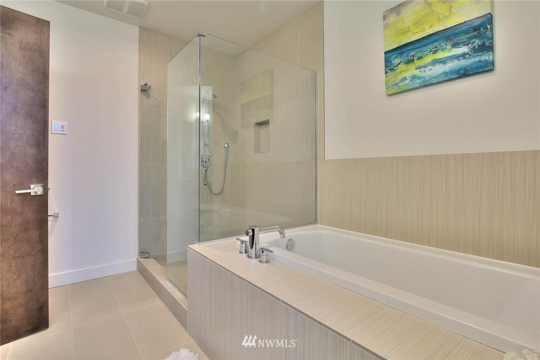 Sold Property | 708 11th Avenue E Seattle, WA 98102 19