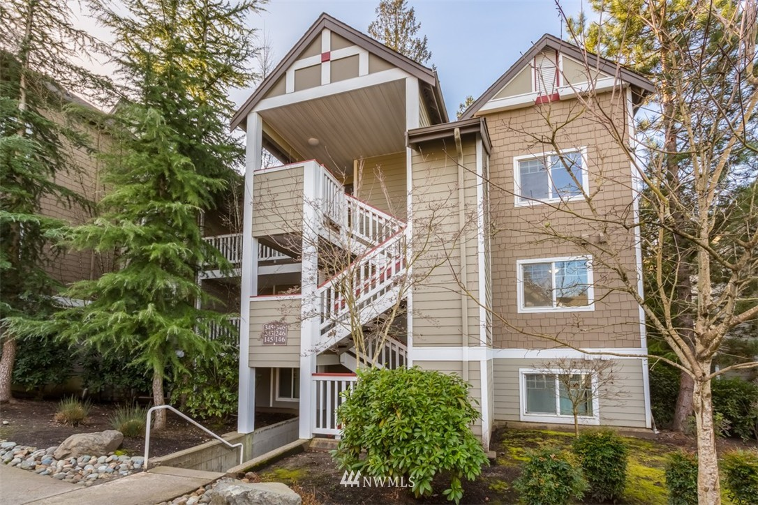 Sold Property | 18501 SE Newport Way #K-246 Issaquah, WA 98027 0