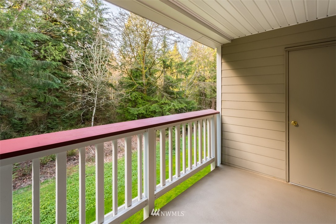 Sold Property | 18501 SE Newport Way #K-246 Issaquah, WA 98027 14