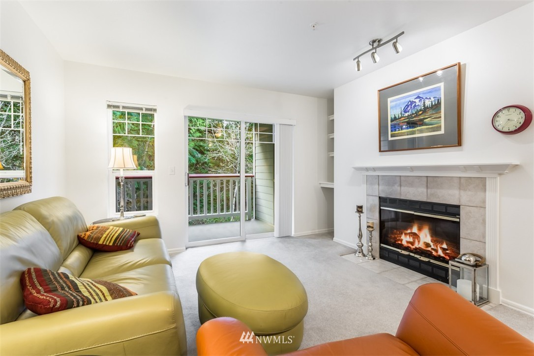 Sold Property | 18501 SE Newport Way #K-246 Issaquah, WA 98027 1