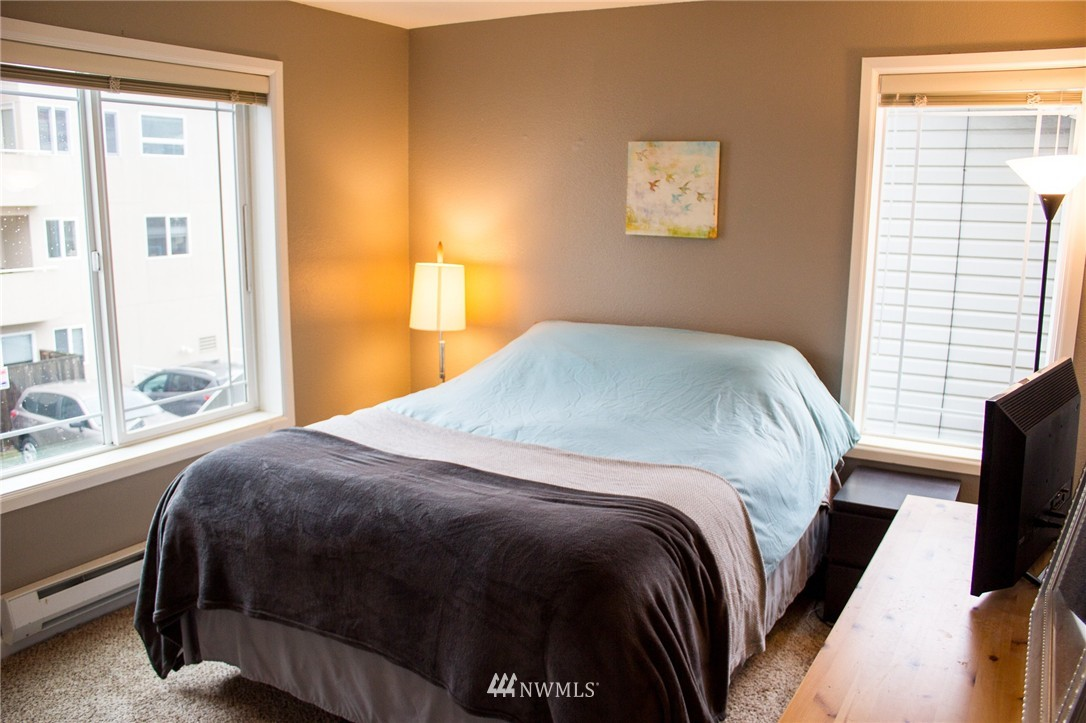 Sold Property   2417 NW 59th Street #202W Seattle, WA 98107 8