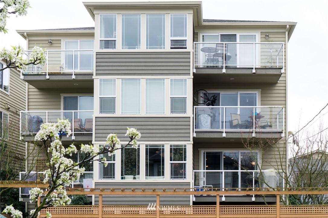 Sold Property   2417 NW 59th Street #202W Seattle, WA 98107 9