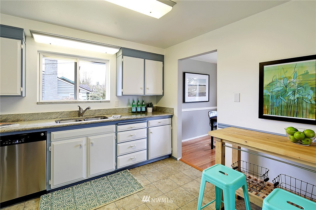 Sold Property | 7507 17th Avenue NW Seattle, WA 98117 5