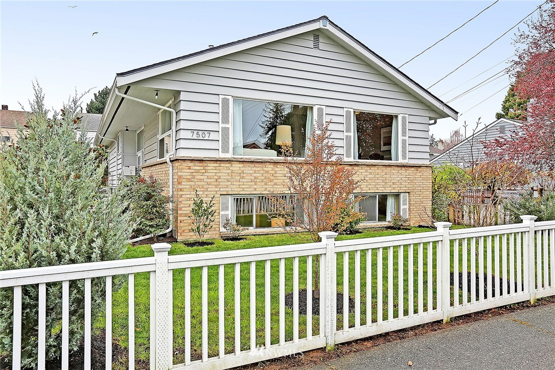 Sold Property | 7507 17th Avenue NW Seattle, WA 98117 19