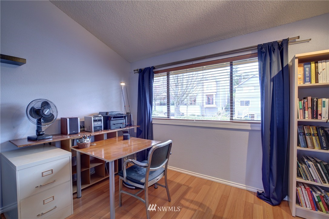 Sold Property | 2605 E Madison Street #2605 Seattle, WA 98112 11