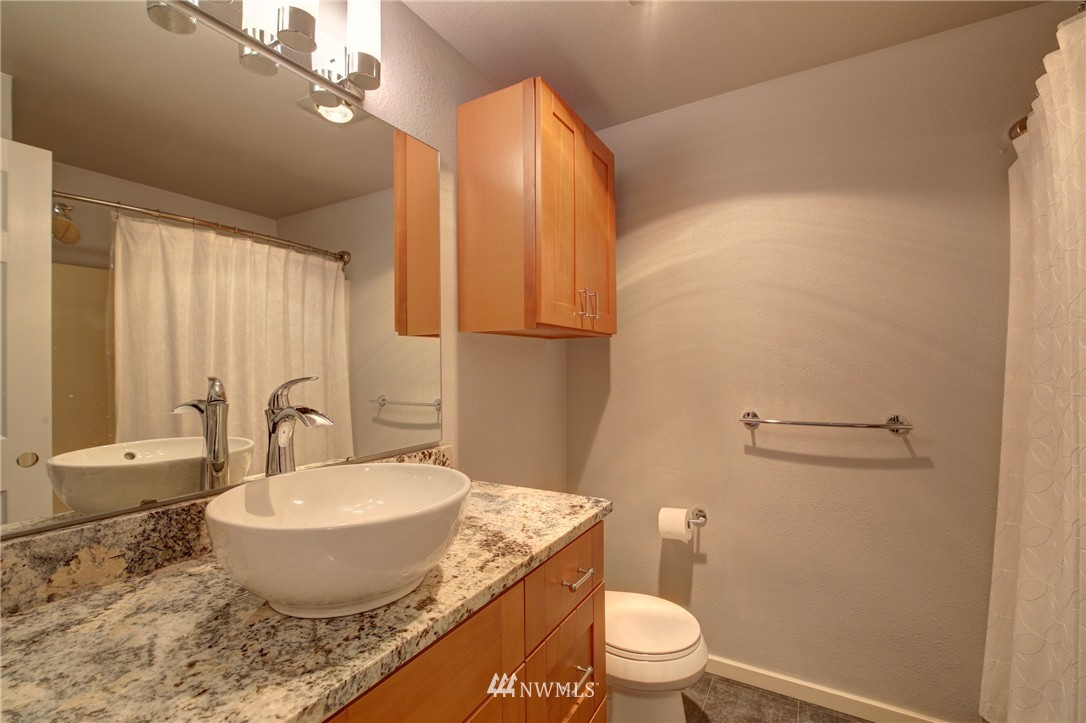 Sold Property | 2605 E Madison Street #2605 Seattle, WA 98112 10