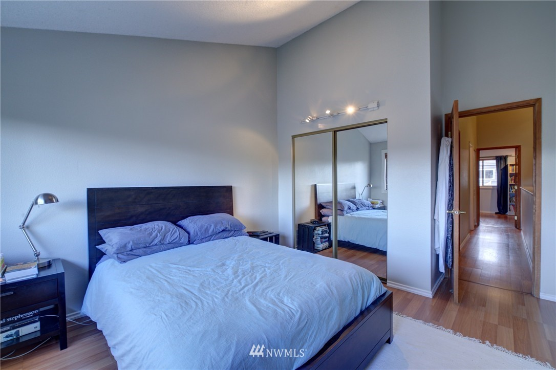 Sold Property | 2605 E Madison Street #2605 Seattle, WA 98112 9