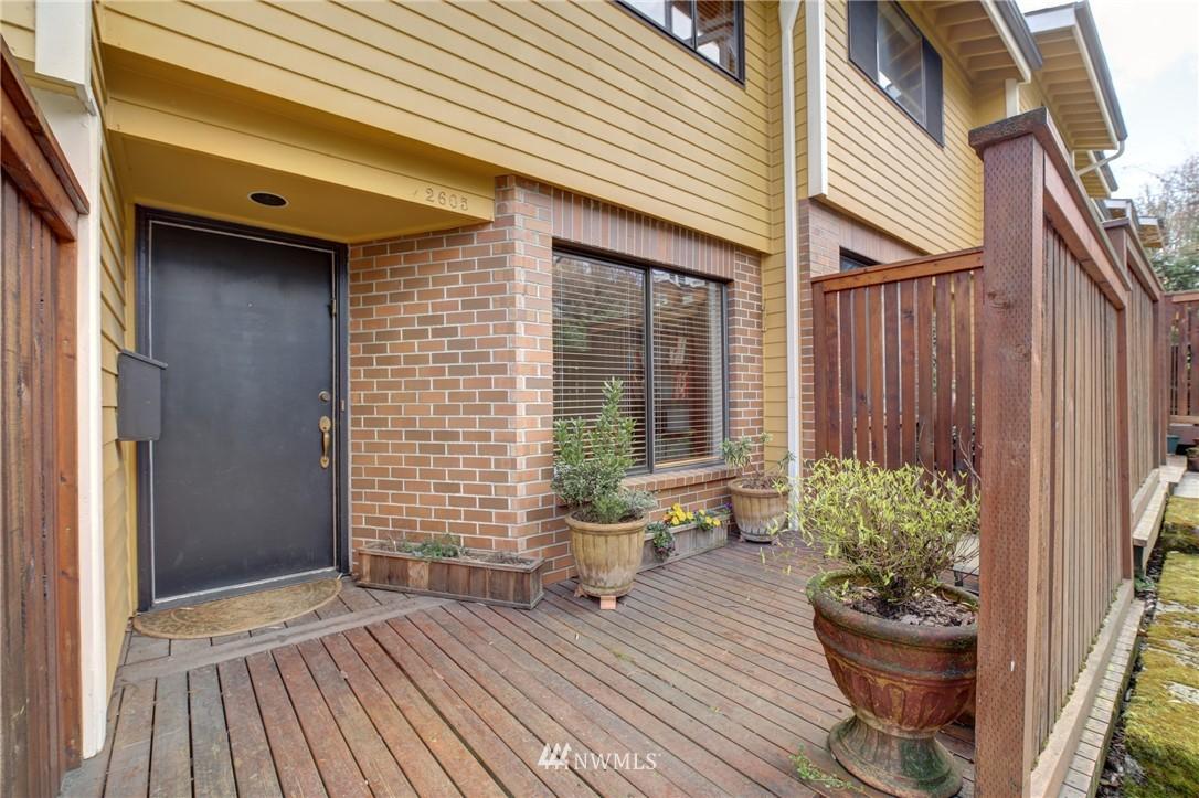 Sold Property | 2605 E Madison Street #2605 Seattle, WA 98112 12