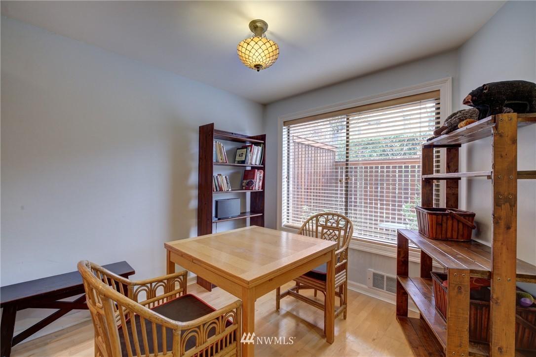 Sold Property | 2605 E Madison Street #2605 Seattle, WA 98112 3