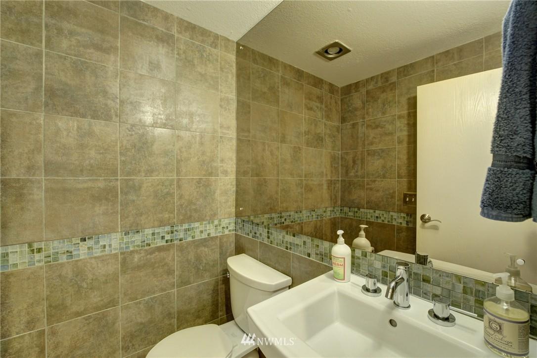 Sold Property | 2605 E Madison Street #2605 Seattle, WA 98112 7