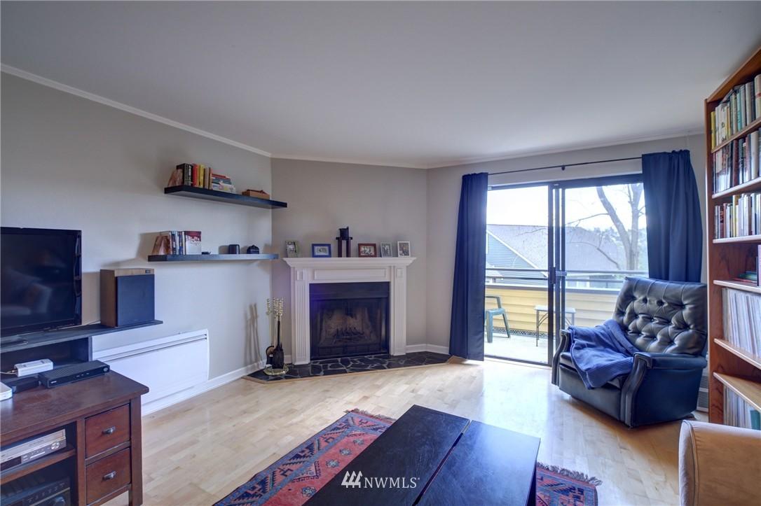 Sold Property | 2605 E Madison Street #2605 Seattle, WA 98112 4