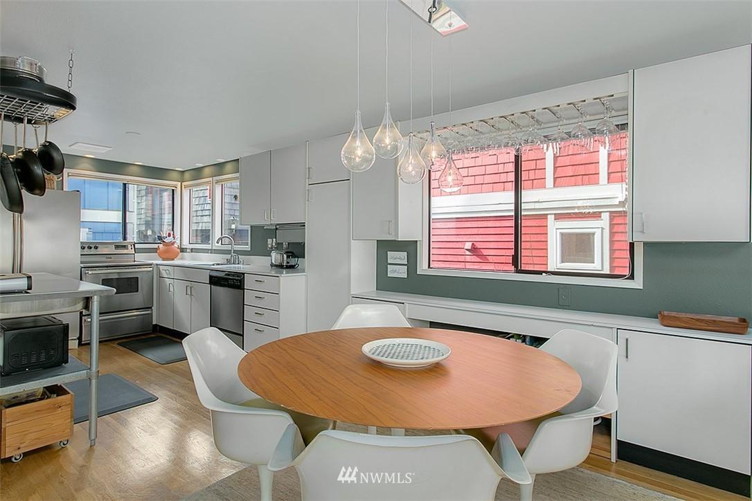 Sold Property | 2219 Fairview Avenue E #2 Seattle, WA 98102 6