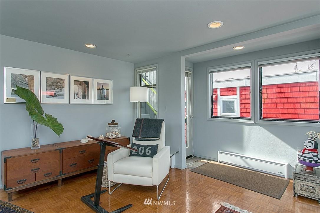 Sold Property | 2219 Fairview Avenue E #2 Seattle, WA 98102 12