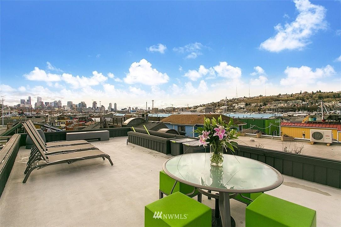 Sold Property | 2219 Fairview Avenue E #2 Seattle, WA 98102 15