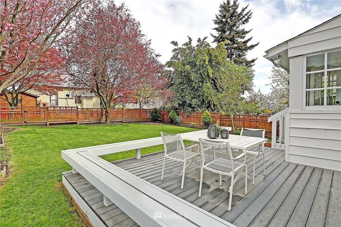 Sold Property | 7336 Mary Avenue NW Seattle, WA 98117 17