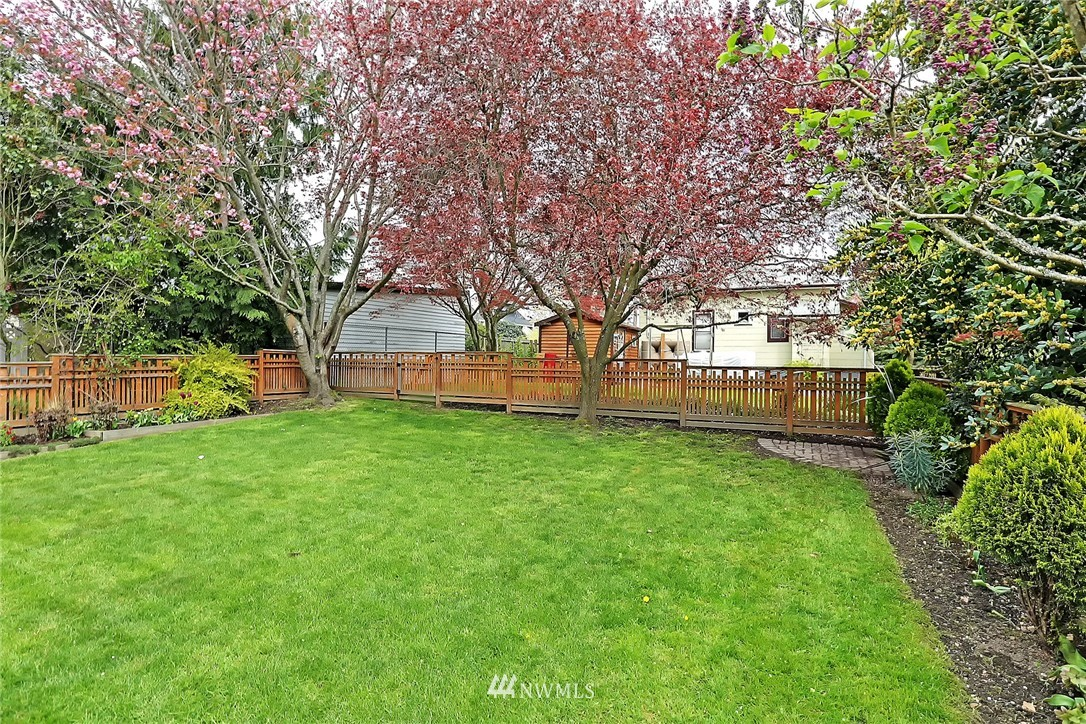 Sold Property | 7336 Mary Avenue NW Seattle, WA 98117 18