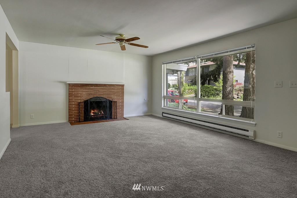 Sold Property | 5923 47th Avenue S Seattle, WA 98118 1