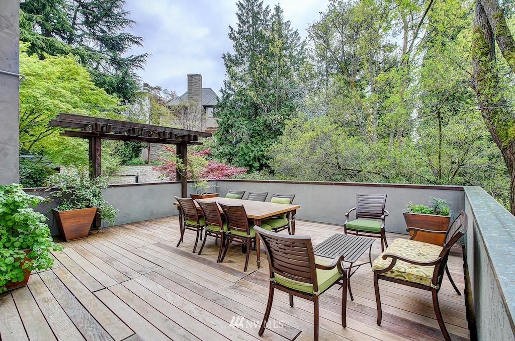 Sold Property | 521 36th Avenue E Seattle, WA 98112 1