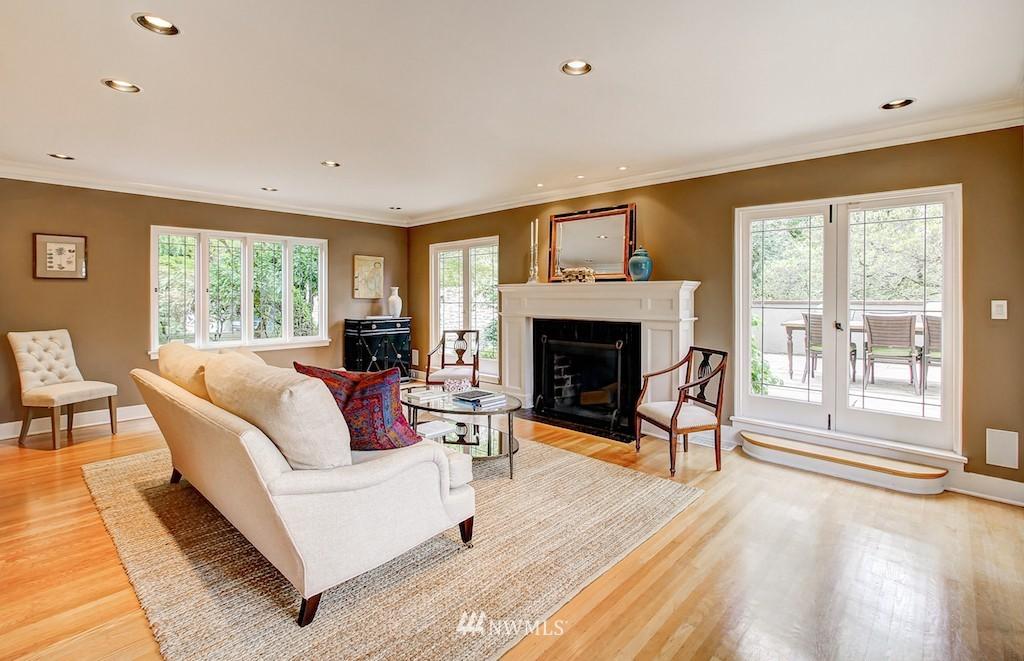 Sold Property | 521 36th Avenue E Seattle, WA 98112 3