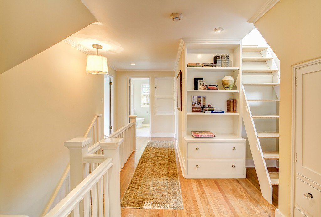 Sold Property | 521 36th Avenue E Seattle, WA 98112 9
