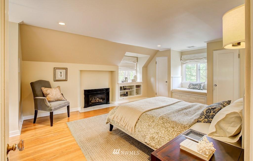 Sold Property | 521 36th Avenue E Seattle, WA 98112 10