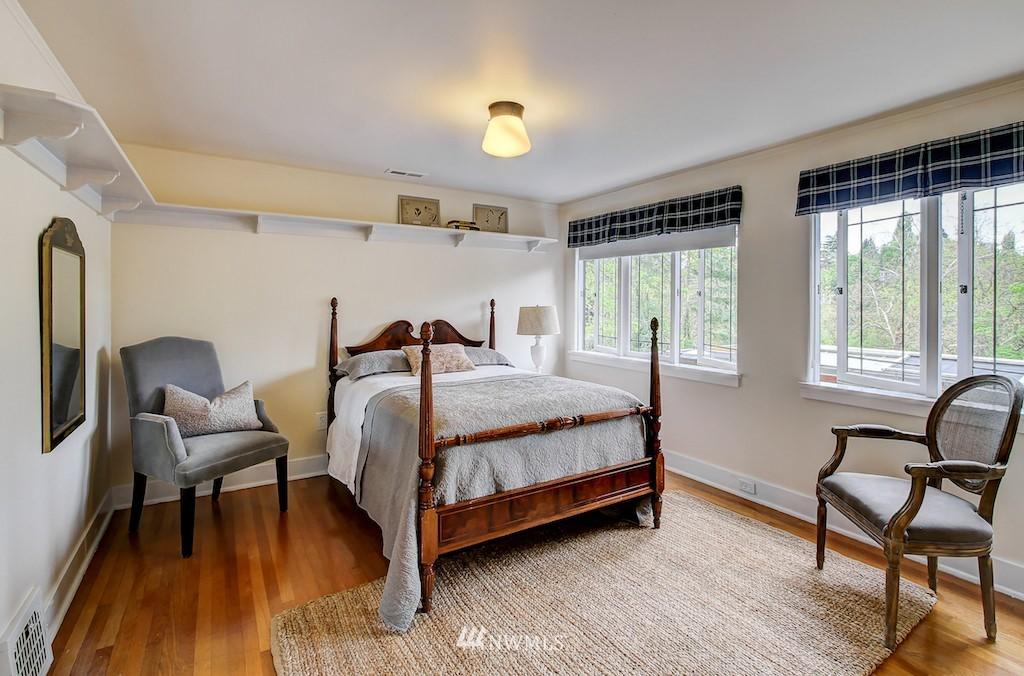 Sold Property | 521 36th Avenue E Seattle, WA 98112 13